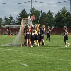 girls-team-celebrating-goal